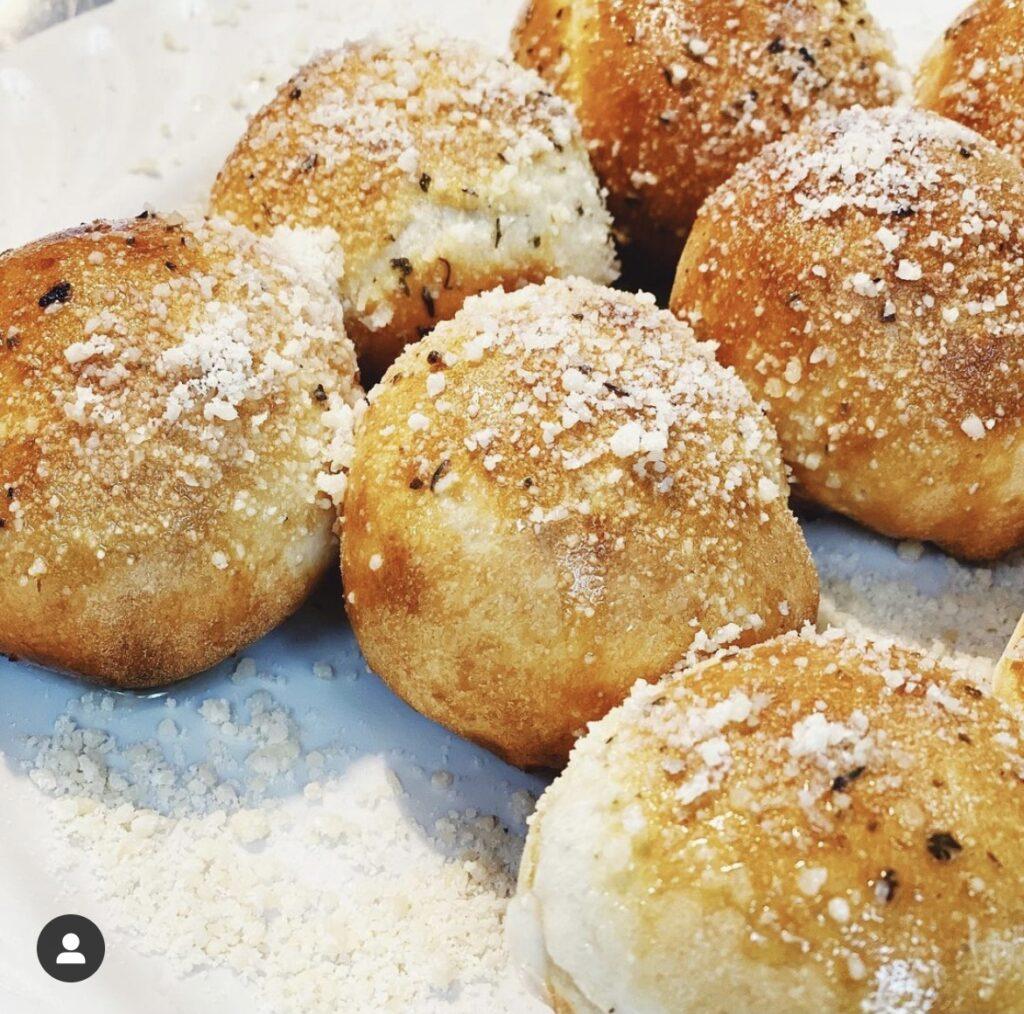 pizza bread balls